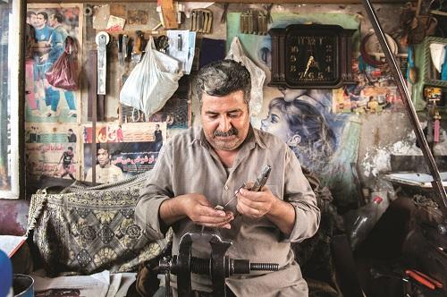 چاقو کُشی:بازنگری در قوانین مربوط به سلاح سرد، بازار چاقو سازی زنجان را به خواب برد